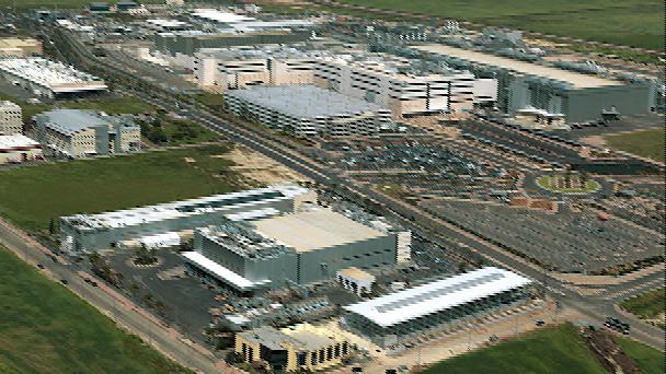 האם יש עדיין צידוק להקמת מפעלים בתוך ישובים קטנים?