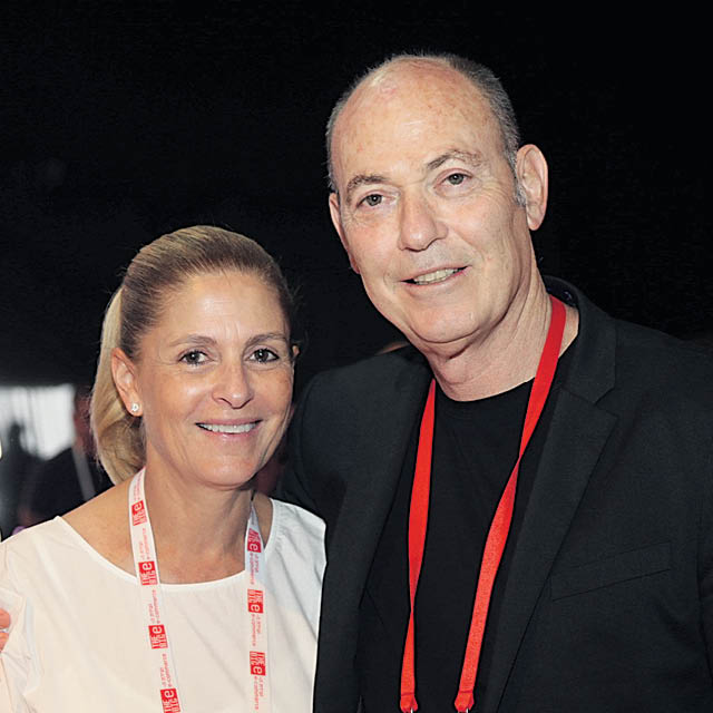 Gabriel & Esther Rotter: Co-CEO, Castro